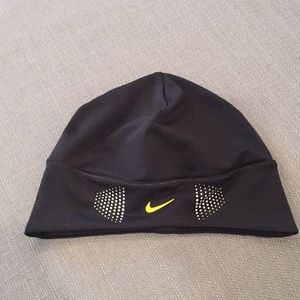 Nike Accessories - Nike Ponytail Hat 380ec5b0710